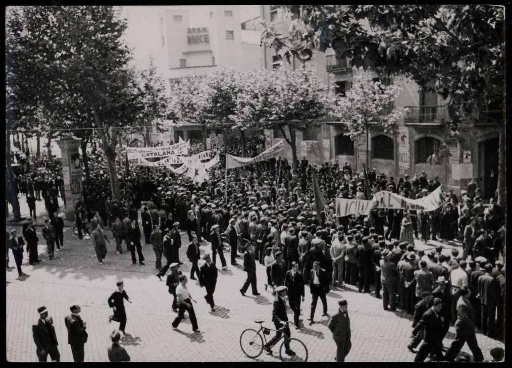 Passeig de Gràcia de Barcelona l'1 de maig de 1936. Biblioteca Nacional de España