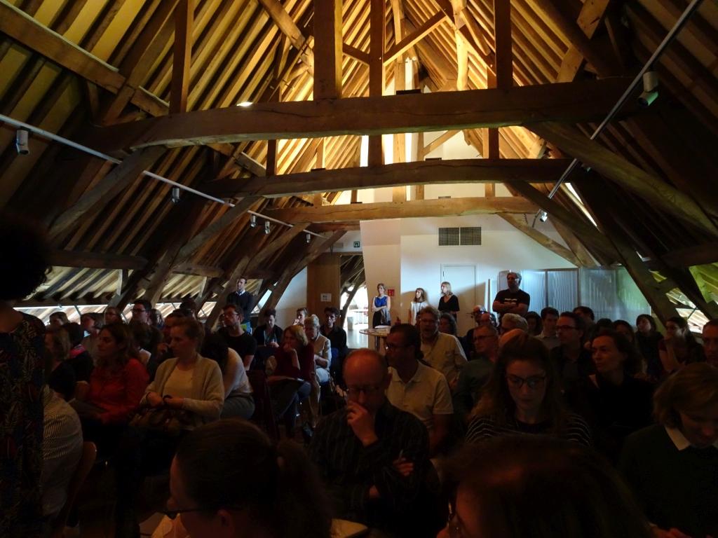 """auditori reunida al Centre d'oficis del patrimoni """"La Paix-Dieu"""" a Amay, Bèlgica (Foto: Servei d'Arqueologia)"""