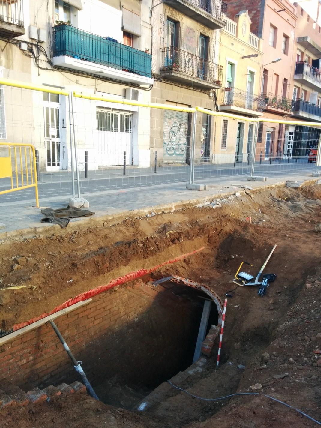 Entrada del refugi núm. 722 al carrer de Burgos. Foto: SABCN