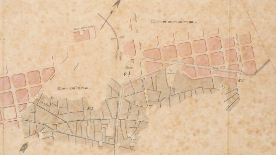 The projected long animal-powered tram line between Sants and Sant Andreu was rejected because of its excessive length and later divided into two independent lines which started at La Rambla and Plaça de Catalunya, respectively. The map shows the central sector of the project. 1874.