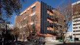Edifici de l'Arxiu Intermedi al carrer Ciutat de Granada
