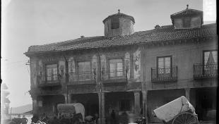 Edificis de la plaça Major de Riaza