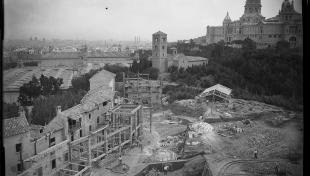 vista general de les obres de construcció del Poble Espanyol