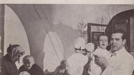 """La revolució i l'Assistència social, original de Domènec Bellmunt, dins la Col•lecció """"Antecedents i documents"""". Barcelona : Imp. Clarasó, 1937.  AHCB. Biblioteca. Col 12º 319 (4)"""