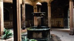 Fotografia del pati de la Casa de l'Ardiaca. Foto de Jordi Calafell