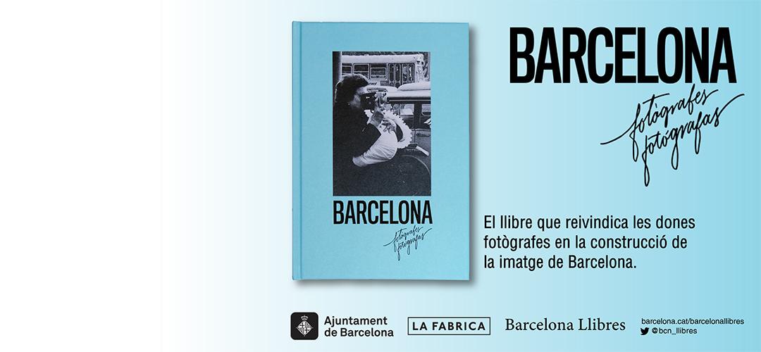 Imatge de la coberta del llibre 'Barcelona fotògrafes/fotógrafas'