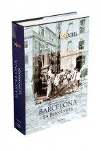 Imatge de la coberta del llibre 'L'Abans de la Barceloneta' on es veu una fotografia de la dècada de 1940 d'una font entre el carrer de Sant Carles i el carrer de Sòria