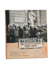 Imatge de la coberta del llibre 'Barcelona en postguerra' on es veu una fotografia amb el general Franco a la ciutat de Barcelona