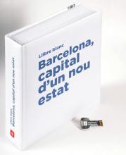 Imatge de la coberta del llibre 'Llibre blanc. Barcelona, capital d'un nou estat' amb la clau que dóna accés a les versions en pdf en català, castellà i anglès