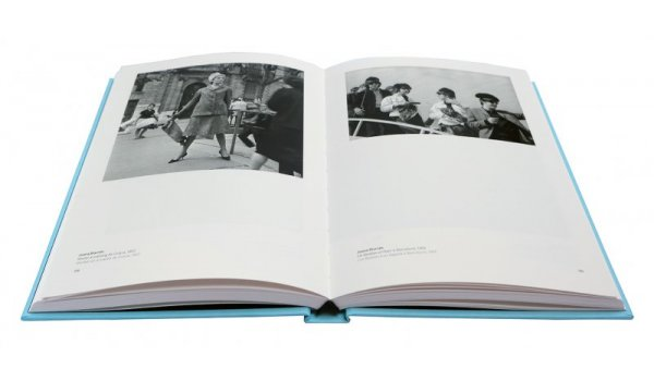 Imatge de les pàgines interiors del llibre 'Barcelona fotògrafes/fotógrafas'