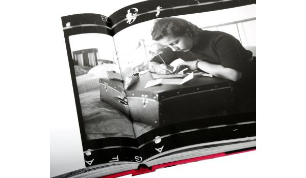 Imatge del llom del llibre 'Barcelona'