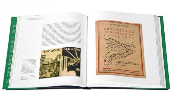 Imatge de les pàgines interiors del llibre 'Destinació BCN'