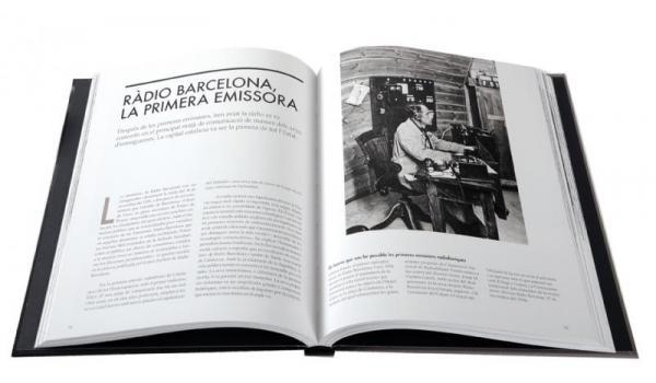 Imatge pàgines interiors del llibre 'Barcelona d'entreguerres 1914-1936' on es parla del naixement de Ràdio Barcelona