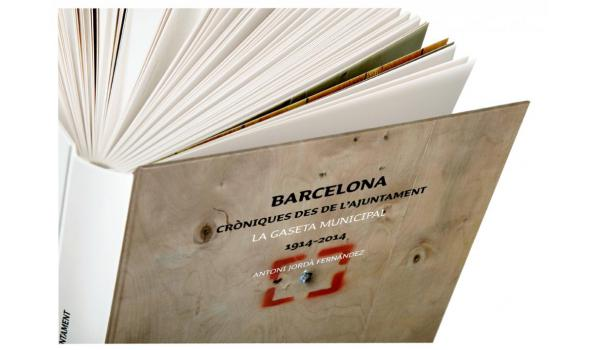 Imatge de les pàgines obertes del llibre 'La Gaseta Municipal'