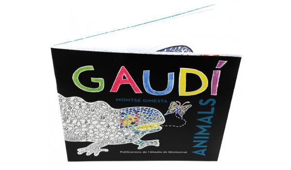Imatge del llibre 'Gaudí Animals' obert vist des de dalt