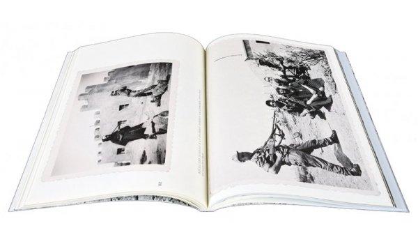 Imatge de les pàgines interiors del llibre 'IFNI. La mili africana dels catalans'