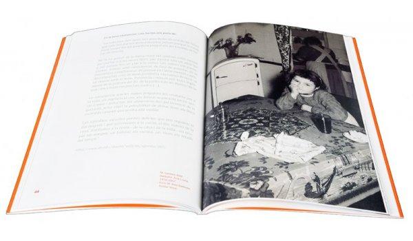 Imatge de les pàgines interiors del llibre 'Constructores de ciutat: Nou Barris'