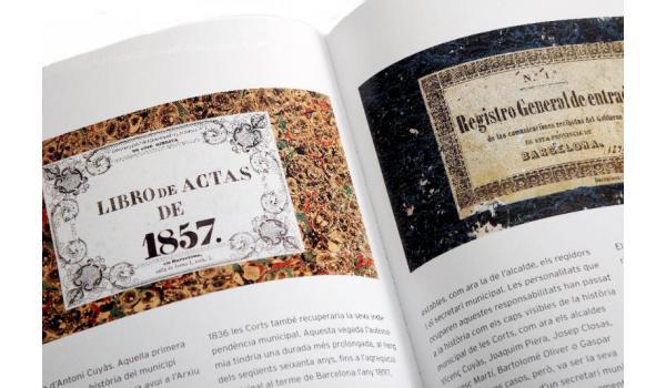 Imatge d'un detall de document històric en pàgines interiors del llibre 'Les Corts i la preservació de la memòria història'