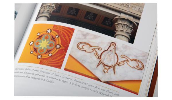 Imatge pàgines interiors del llibre 'Barcelona maçònica'
