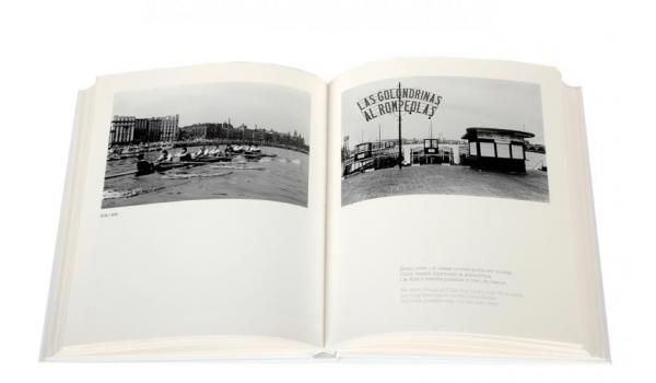 Imatge pàgines interiors del llibre 'Barcelona Porta Coeli' imatges del front marítim de Barcelona de 1970 a 1980