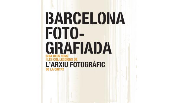 Coberta del llibre Barcelona fotografiada