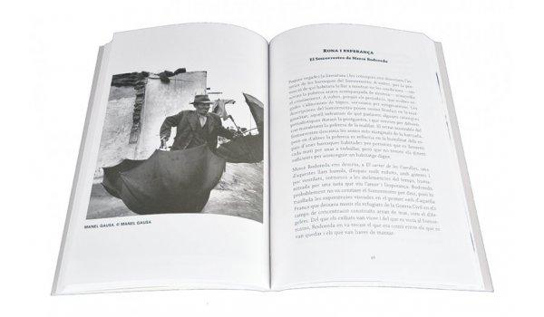 Imatge de les pàgines interiors del llibre 'Somorrostro. Mirades literàries'