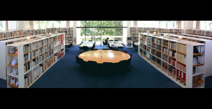 Biblioteca Fundació Joan Miró -Pere Pratdesaba