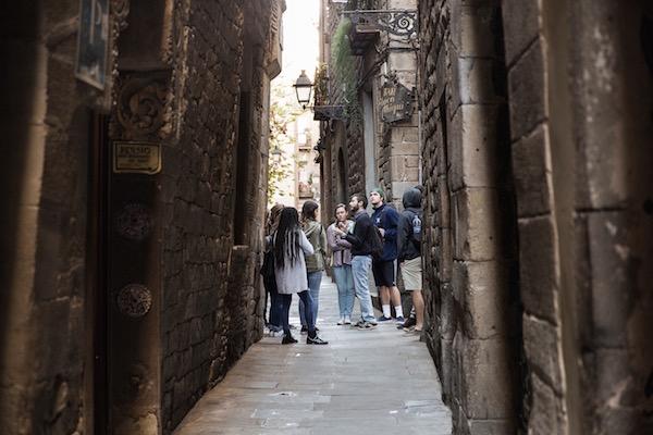 Calle en el barrio Gòtic