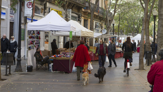 El comerç surt al carrer