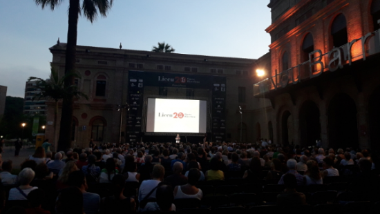 The opera can be watched on a big screen put up in Nou Barris' Plaça Major