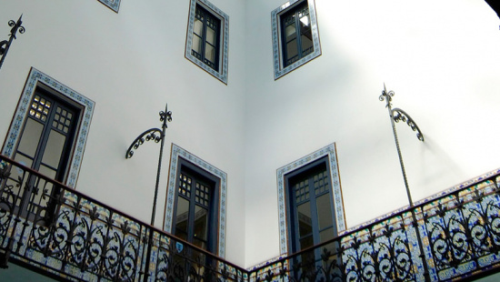L'oficina de la Direcció de Comerç i  Consum de Barcelona està ubicada a la ronda de Sant Pau, 43-45, 2a planta.
