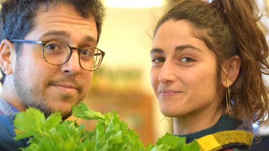 """Júlia i Fernando, al front de l'establiment """"La Lleteria del Poblesec"""", també conegut per  """"La Llete"""""""