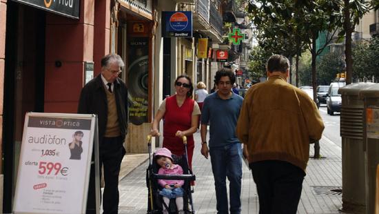 Imagen de uno de las calles del eje comercial de Gran de Gràcia
