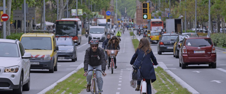 Carril bici al passeig de Sant Joan de Barcelona.
