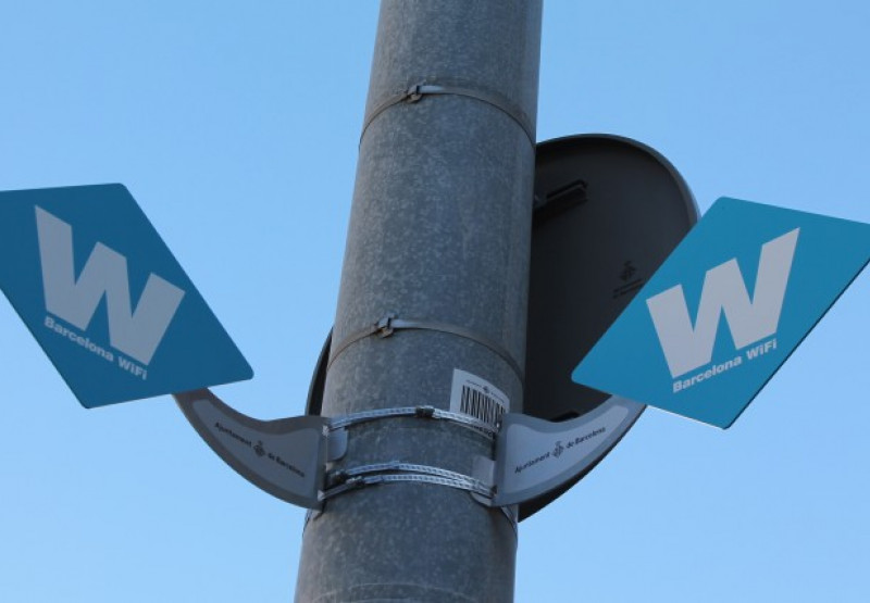 Antenes wifi de l'Ajuntament de Barcelona.