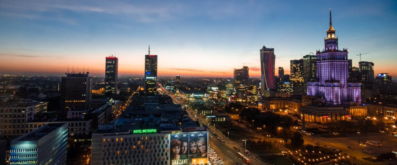 Panoràmica nocturna de Varsòvai.