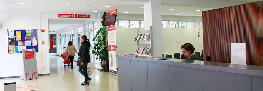 Interior de un centro de servicios sociales