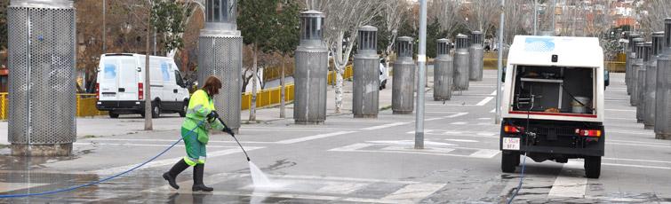 Calles y plazas ecolog a urbanismo y movilidad - Agencias de limpieza barcelona ...