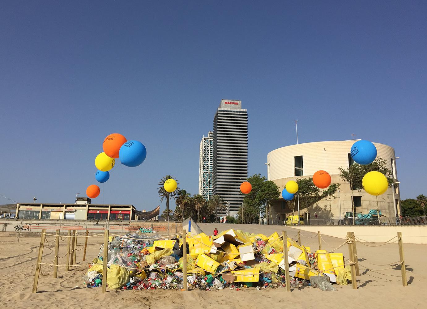 Residus a les platges per Sant Joan