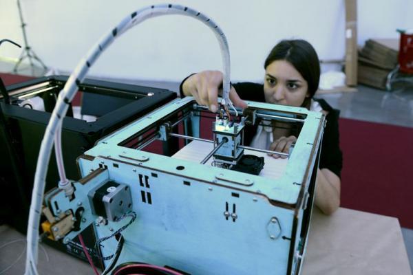 Impressora 3D en un ateneu de fabricació