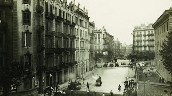 carrer Balmes cantonada amb la UB