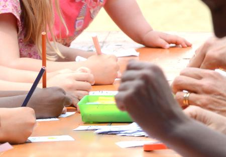 Infants i adults a taula