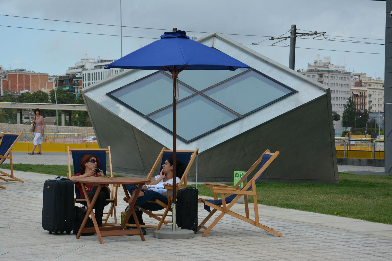 En marcha el servicio gratuito de pr stamo de mobiliario for Josep antoni coderch