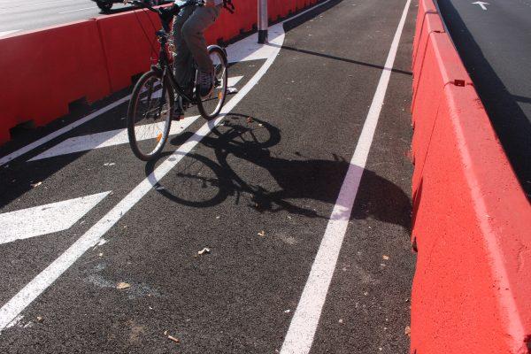Carril bici a Glòries