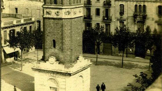 1930. Campanar de la Plaça Rius i Taulet