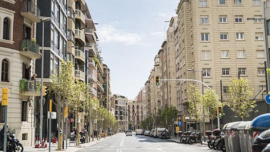 Imatge de l'avinguda de la Riera de Cassoles