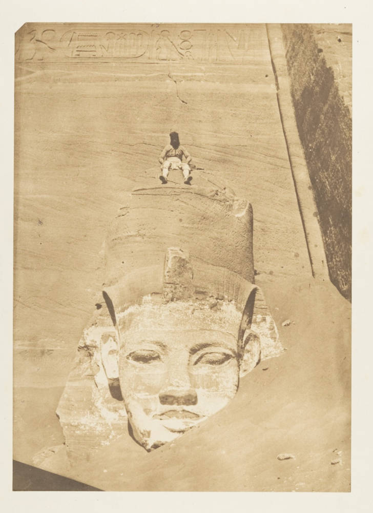 Maxime du Camp, 'Coloso de  Abu Simbel',  ca. 1850. Cortesía del  Metropolitan Museum of Art, Nueva  York. Gilman Collection, donación de  la Howard Gilman Foundation, 2005