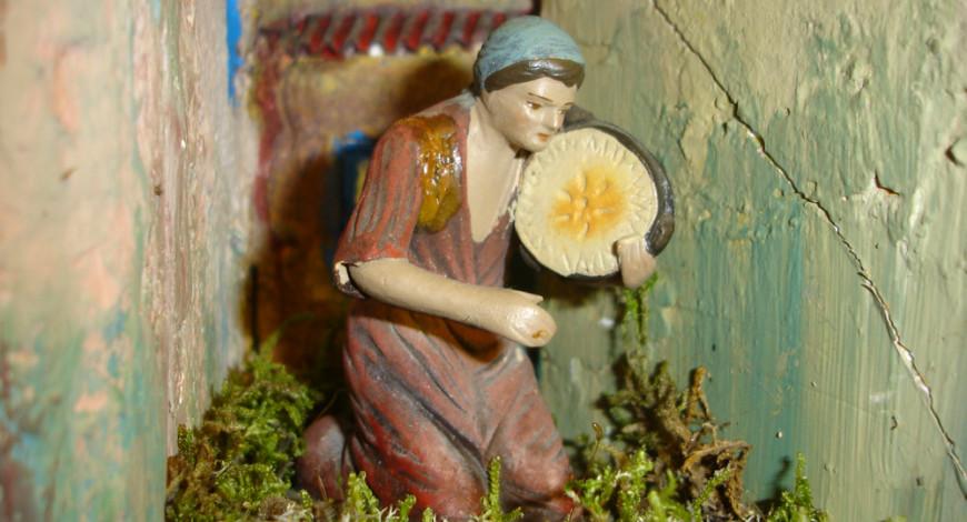 Dona tocant el pandero