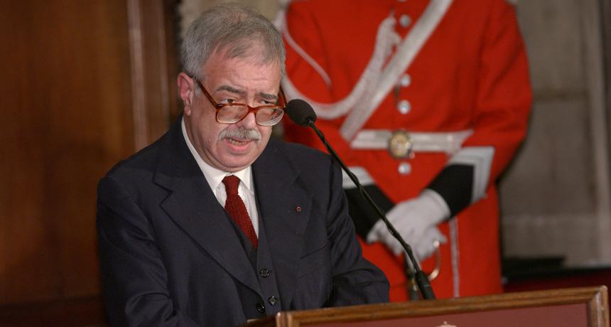 J.J. Navarro Arisa - Premi Ciutat de Barcelona de Mitjans de Comunicació en Premsa Escrita 2004