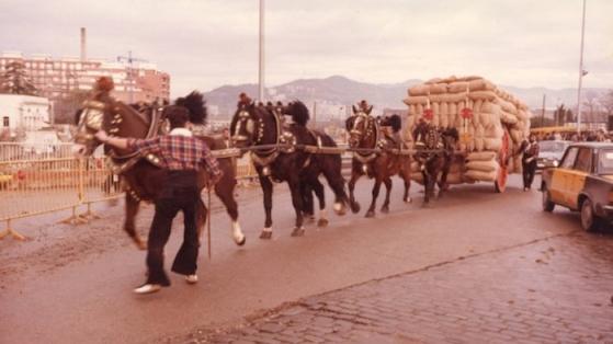 """Festa dels Tres Tombs passant per """"Ca l'Aranyó"""".1975."""